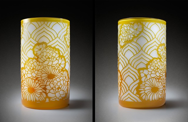 Golden Dual Arch Flower Cylinder