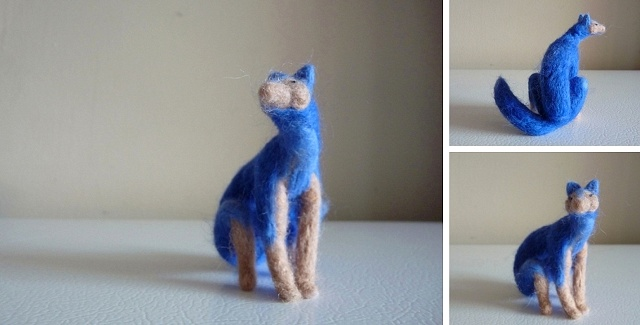 bright blue fox sitting(9)