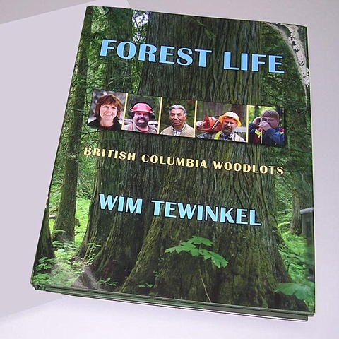 FOREST LIFE  - The Book