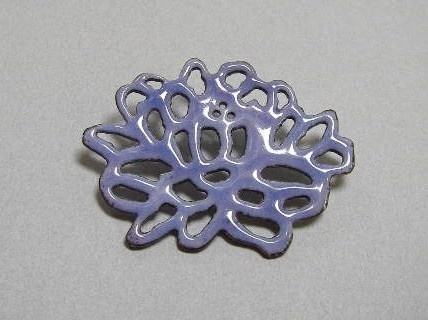 Chrysanthemum Pin