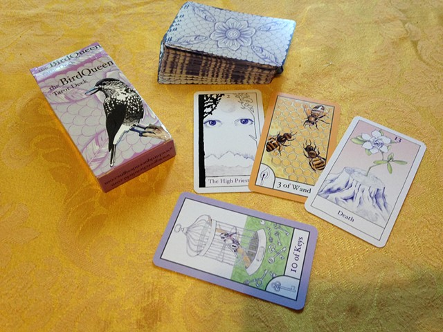 BirdQueen Tarot Deck