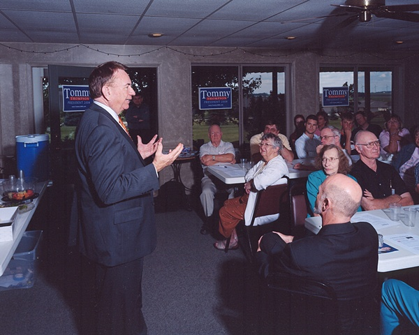 Town Hall Meeting with Tommy Thompson, West Link Golf Course, Alta, Iowa. June 2, 2007.