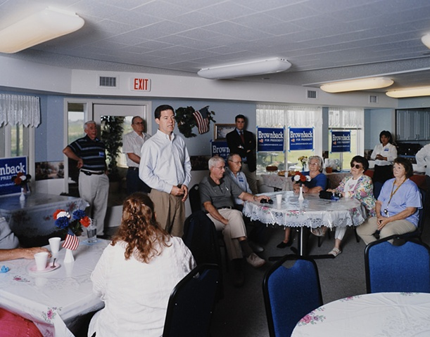 Senator Brownback at Moundview Manor, Marion, Iowa.  June 11, 2007.