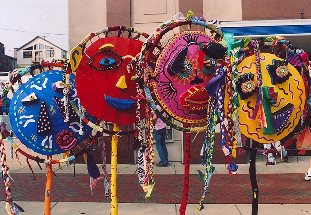collaborative public art project using recycled materials with community by Joe LaMantia