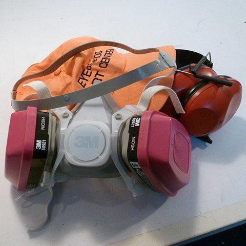 Professional dustfilter mask, sound surpressing headset, safety glasses
