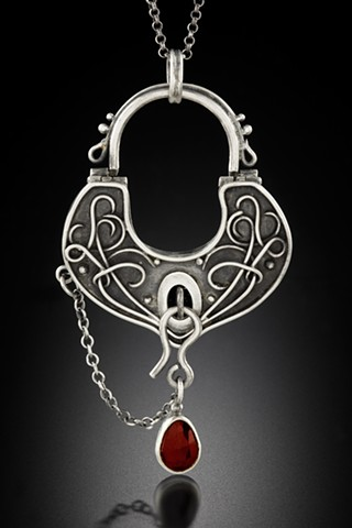 Garnet Lock Reliquary (Locket)