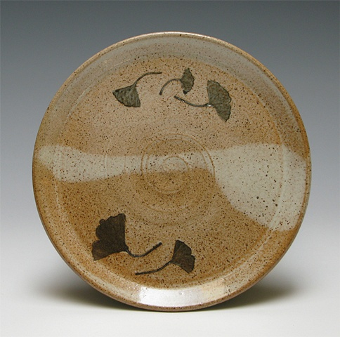 Black gingko plate