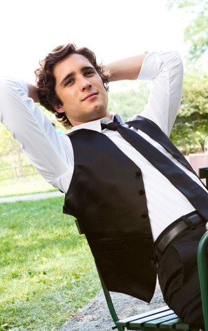 Diego Boneta in Underemployed