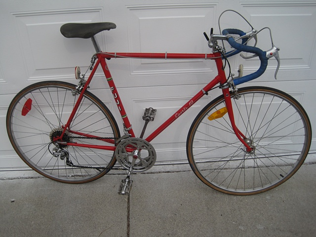 Fuji-Sports 10 speed-road bike