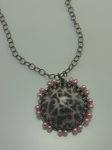 pink pearl scroll necklace