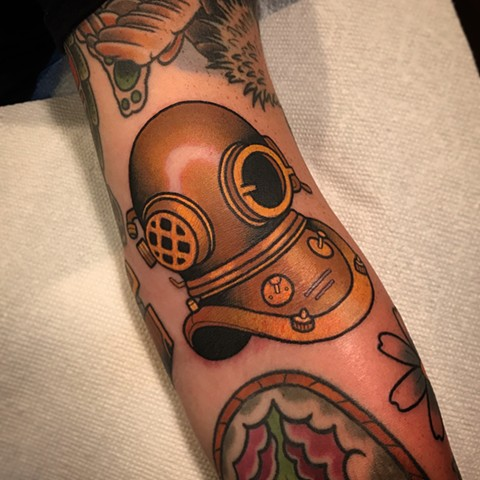 vintage divers helmet tattoo by dave wah at stay humble tattoo company in baltimore maryland the best tattoo shop and artist in baltimore maryland