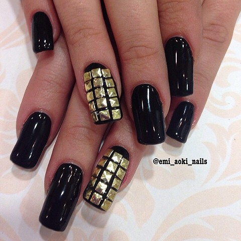 Gel extensions x Black x Gold studs