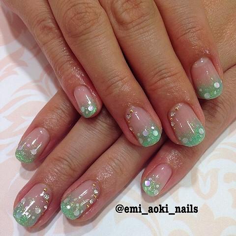 Pastel Green Glitter Gradation x Holograms x Swarovski
