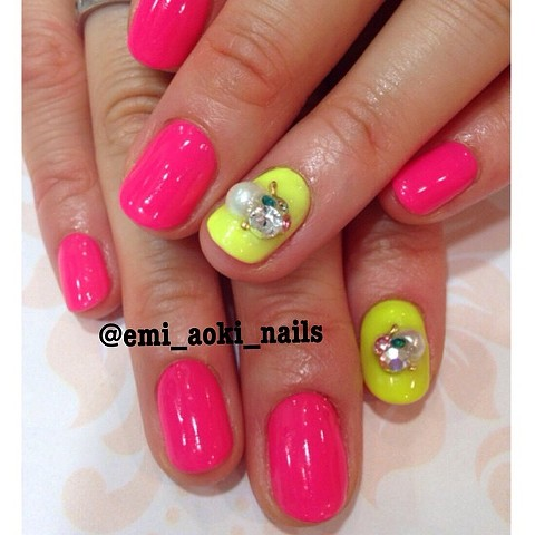 Simple Neon Pink and Yellow x Pearl x Swarozski