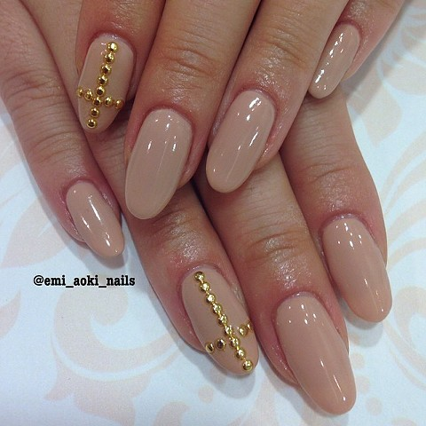 Gel extensions x Nude x Gold studs Cross