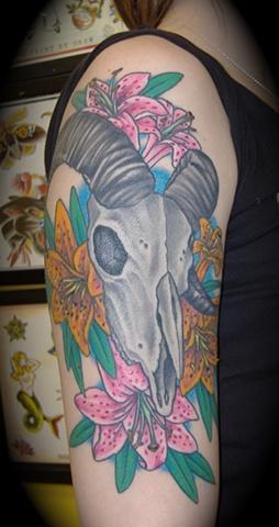 Nicole's Ram Skull and flowers
