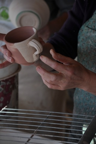 Glazing mugs for cone 6 firing