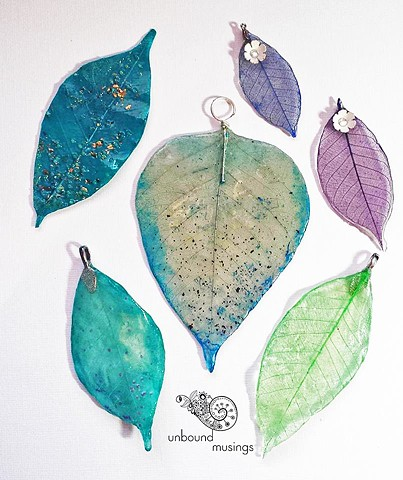 resin skeleton leaves, mica flakes, iridescent flakes