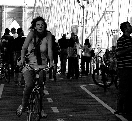 Women on Brooklyn Bridge