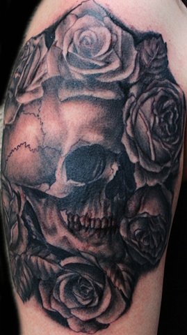 Skull and Roses in Black & White by Tiffany Garcia Female Tattoo Artist located in Long Beach, Orange County, LA, Huntington Beach, Carson, Palos Verdes, Los Angeles, West Hollywood, Pacific Coast Highway and surrounding areas in Southern California.