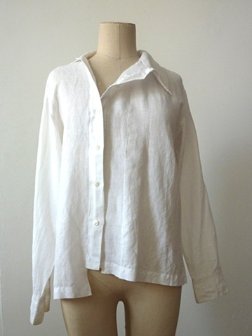 the classic RB linen blouse.