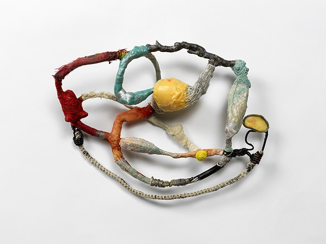 This work is made from walk around the city finding objects on the street. Using glue, wire, thread and piment I am creating a new life for the debris.