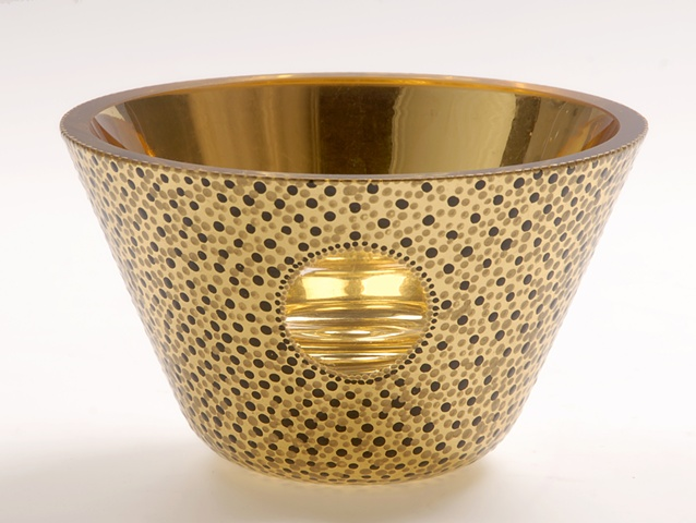 "eglomise, Reverse painting on glass, gilded glass, ""Classic"" glass bowl by Jan Maitland, 23-Karat Gold Leaf on glass, hand painted glass bowl, verre églomisé, gold glass bowl, janmaitland.com"