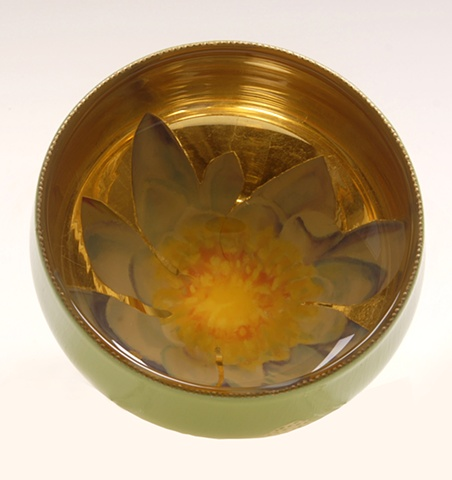 "janmaitland.com eglomise, Reverse painting on glass, gilded glass, ""Water Lily""glass bowl by Jan Maitland,, 23-Karat Gold Leaf, janmaitland.com"