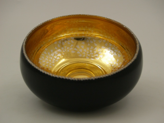 eglomise, Reverse painting on glass, gildedglass, glass bowl, 23-Karat Gold Leaf on glass, hand painted glass bowl, verre églomisé, janmaitland.com