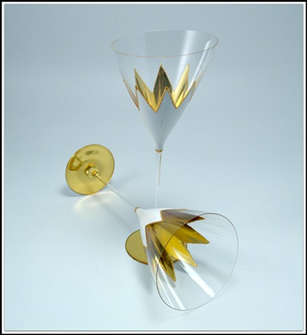 Wine Goblets, white and gold goblets, verre églomisé, glass goblets, gilded and reverse painted wine goblets