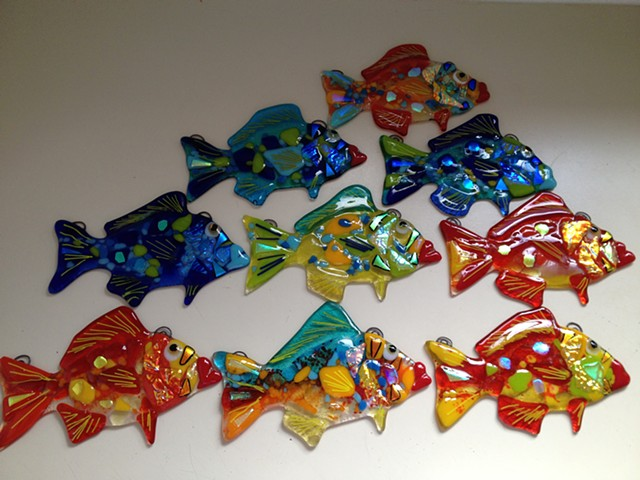 "Small Groupers...  details: each fish is about 6.5"" long x 4.5"" tall"