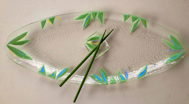 Minty Green Leaf Platter with little wasabi dish