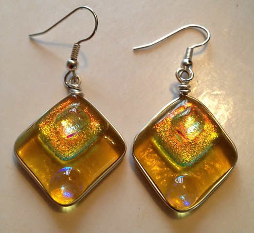 "Amber Diamond Delight earrings  details: about 1"" x 1"" wrapped in silver wire"