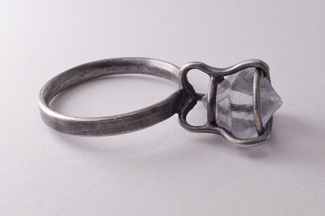 Cubic Habit, ring
