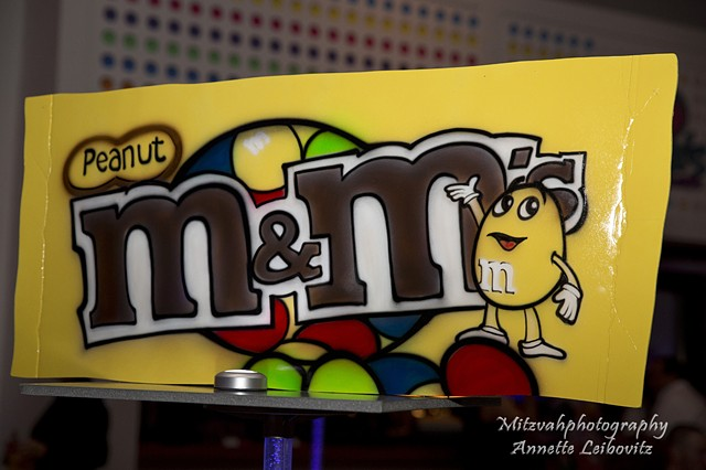 M&Ms Centerpiece, Close Up