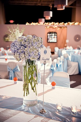 Light Blue Hydrangeas Table Decor
