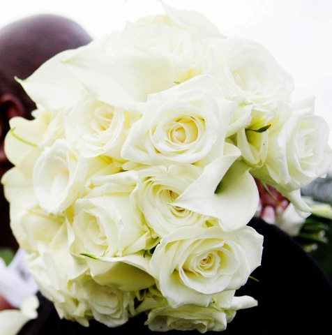 Tracey Brown Photography Bridal Bouquet of white roses and white mini calla lilies.
