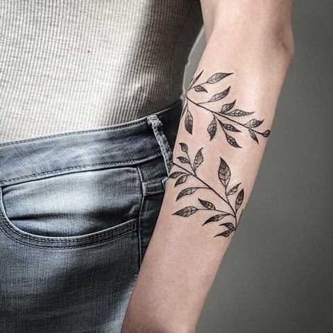 Vines to adorn the forearm.