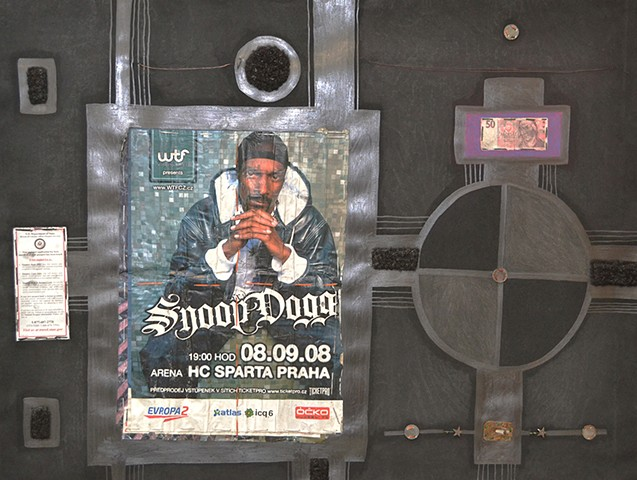 Snoop In Praha, One Halo