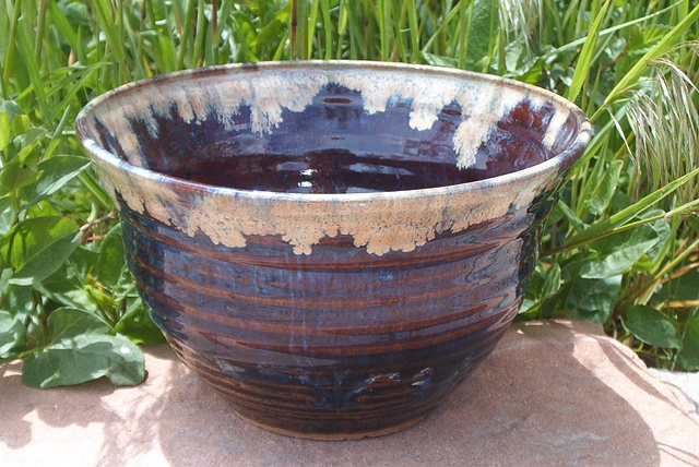Casey Pendergast   dark blue bowl (Aspects of Clay)