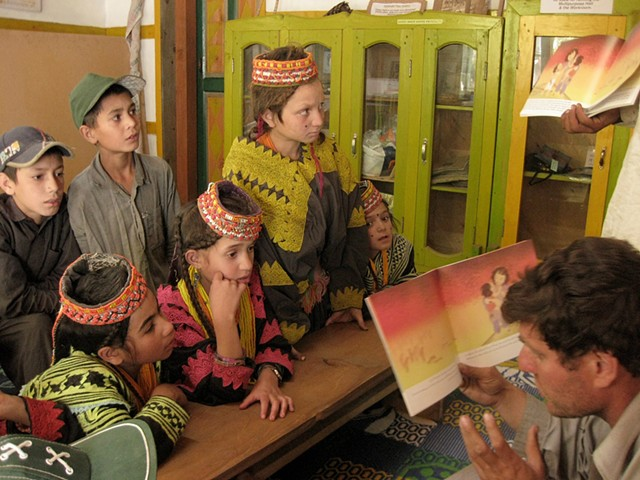 Amai and Sadko Prayer Book reading in Kiran Library of Akiko Wada in Rumbur Kalash