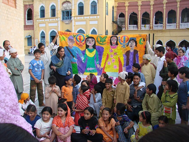 Mural ' Sikh-Muslim harmony' with Sikh internally displaced children at Gurdwara Punjasahib.