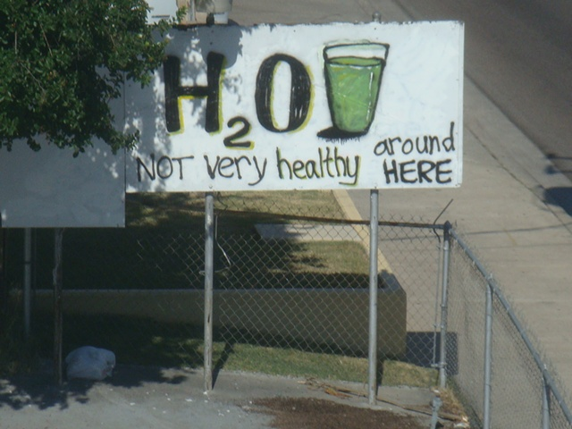 H2O  Not very healthy around here