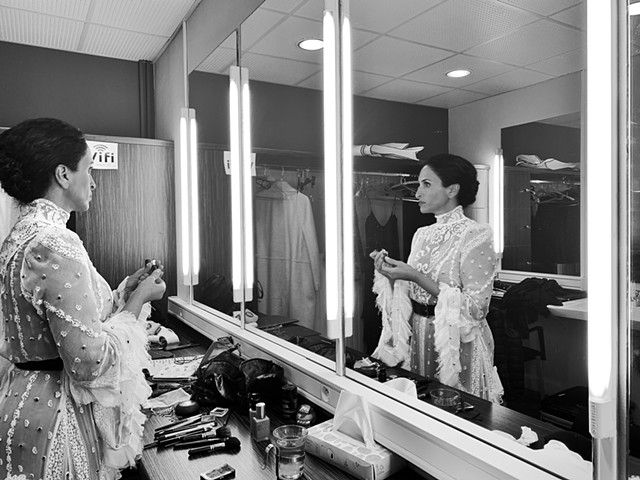 Achi in dressing room, Ales France