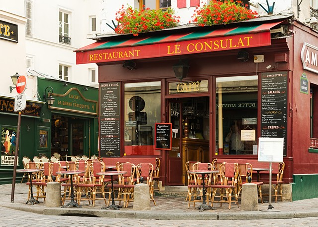 Le Consulat, a well known Montmartre Cafe