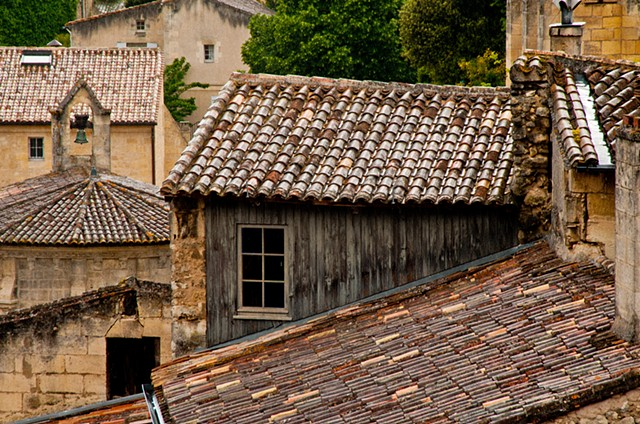 Photo of the rooflines in the old town of St Emilion France
