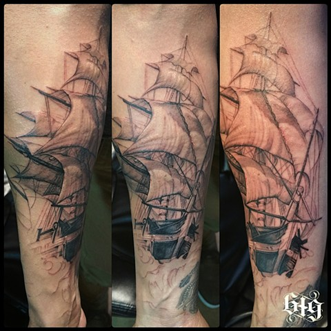 Black and gray ship that's part of a sleeve Southern California. San Diego, North Park, Pacific Beach, Mission Beach, City Heights, Hillcrest, El Cajon, Portland Oregon, Edinburgh Scotland, Ocean Beach