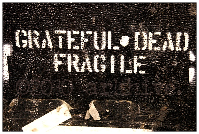 grateful dead roadcase fragile