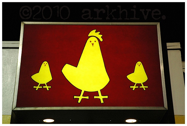 '3 yellow chicks'