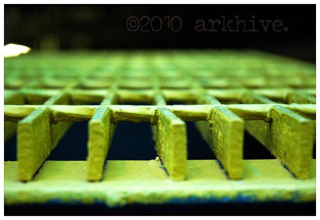 'yellow grate detail'